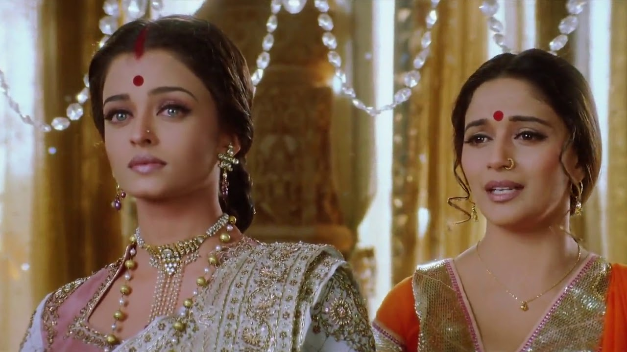 Devdas Movie Clip - Aishwarya Rai And Madhuri Dixit